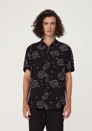 Camisa Masculina Comfort Em Viscose Estampada - Preto